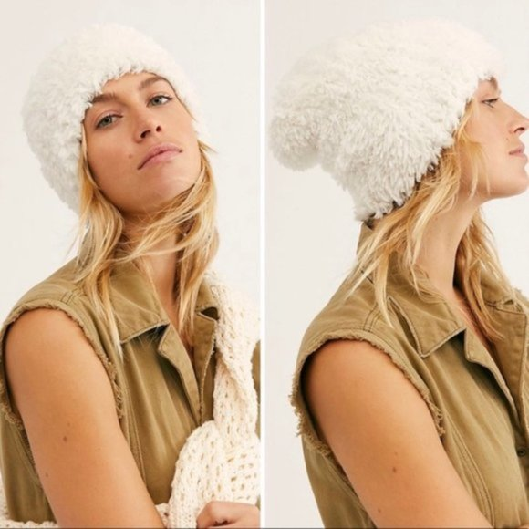 Free People Head In The Clouds Beanie Hat Fuzzy Soft Pull On Stretch Boho Winter
